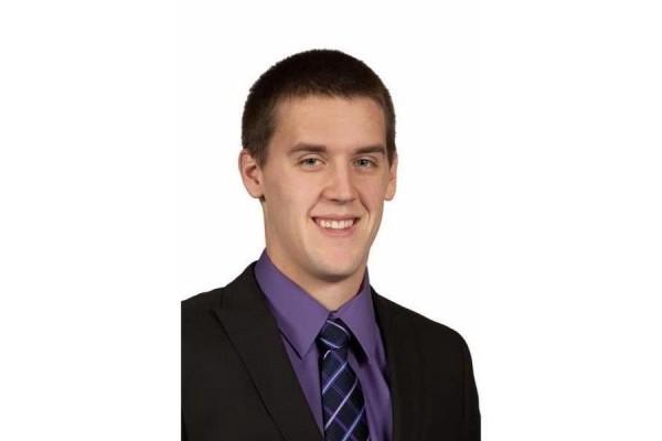Reed Ystaas earns CFP® certification