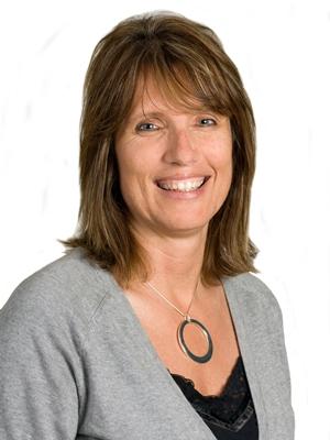 Monika Neumann, CISR