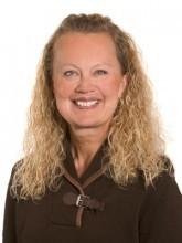 Myrna  Hanson